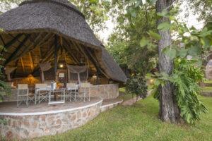 hornbill lodge kariba family outside