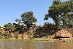 kavinga camp mana hide view