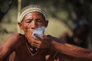 makgadikgadi salt plan bushmen cultural experience smoking