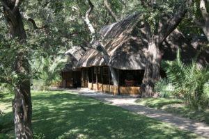 mutemwa lodge zambezi main lodge