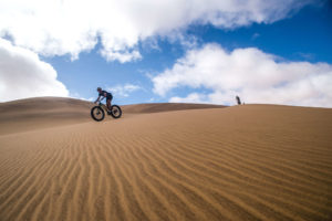 namibia fat bike ride over desert