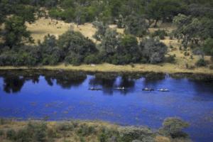 selinda spillway canoe down river