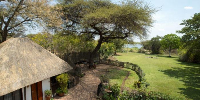 the garden lodge veranda