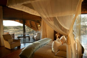 tswalu kalahari motse bedroom