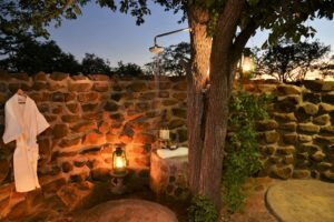wild track eco lodge outdoor shower