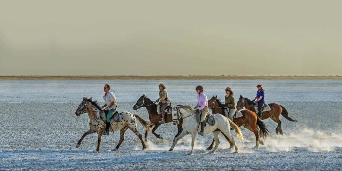 Makgadikgadi Botswana horse riding Dry Pans