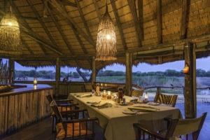 Onguma Tree Top Dining room 0314