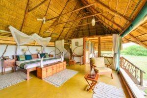 bakers lodge uganda bedroom day