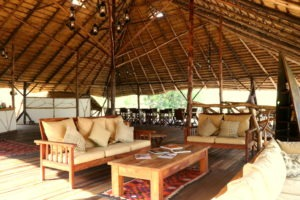 bakers lodge uganda lounge