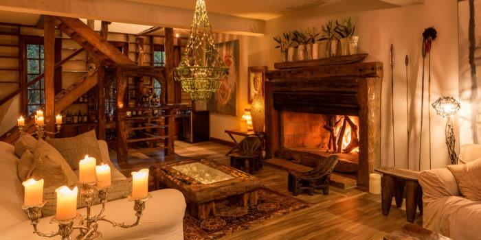 148 Main House living room 1