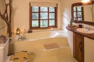 Acacia House Bathroom 6R1A5976 highres